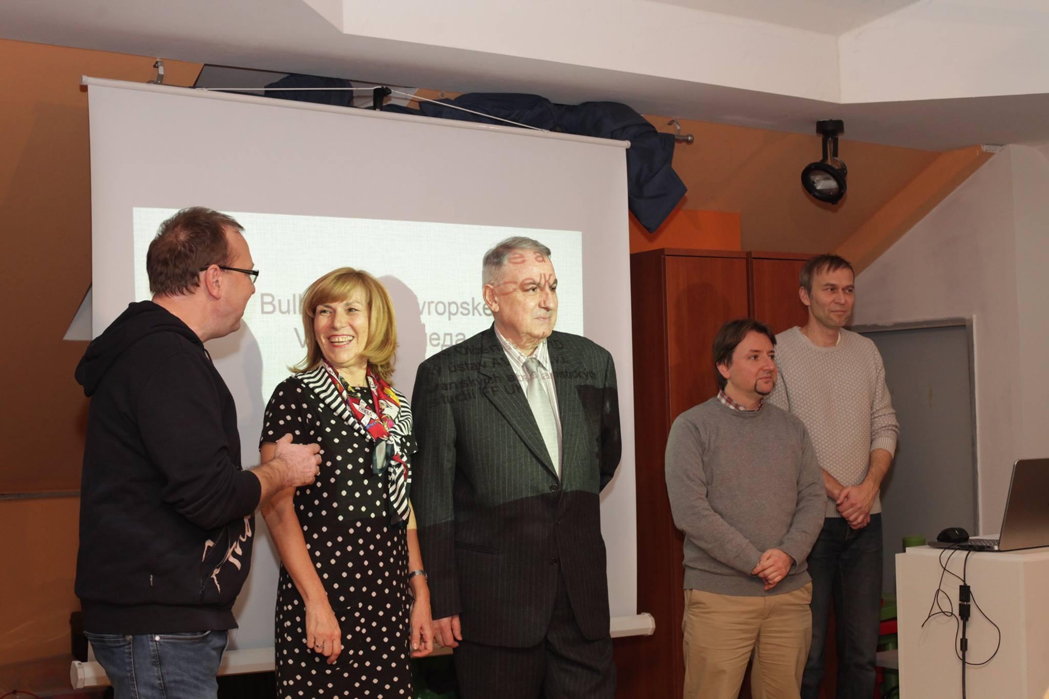 seniorske-vanoce-prahy-5-bulharske-vanoce