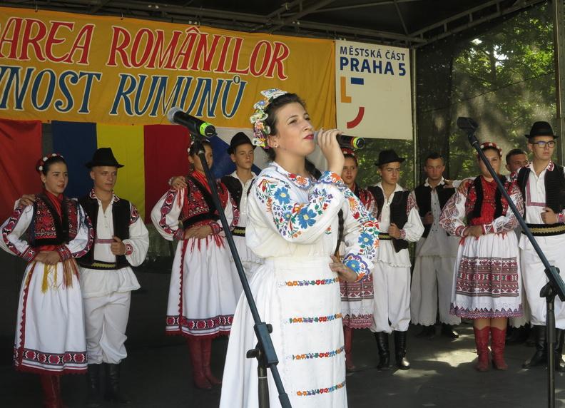 v-nedeli-se-uskutecnily-slavnosti-rumunu-v-ceske-republice