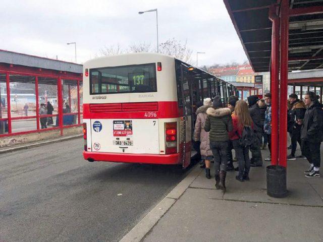 autobusova-linka-137-bude-posilena