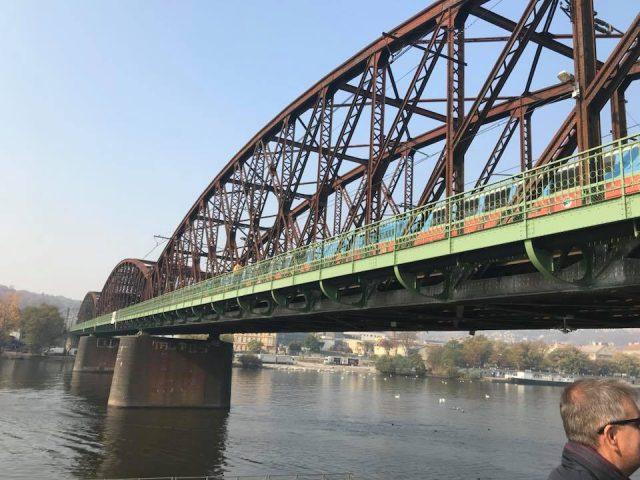 jaky-osud-ceka-zeleznicni-most