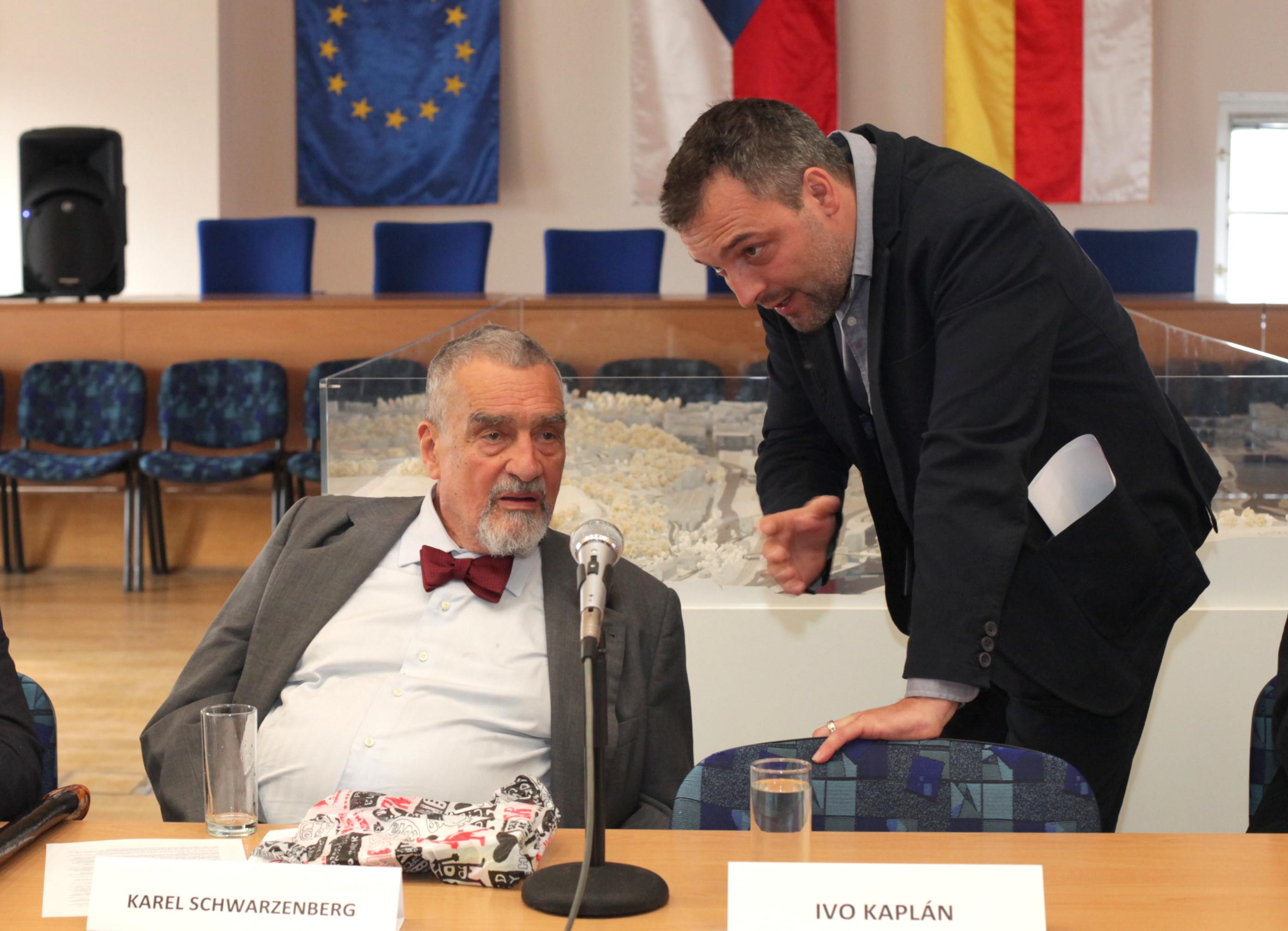 chceme-mezi-obcany-otvirat-krome-lokalnich-i-evropska-temata-rika-radni-prahy-5-rattay