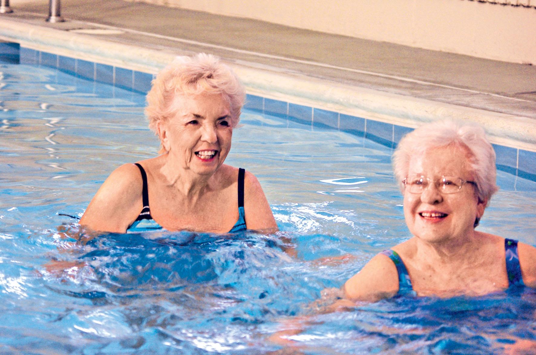 i-v-roce-2020-mohou-seniori-vyuzit-zvyhodnene-ceny-plavani