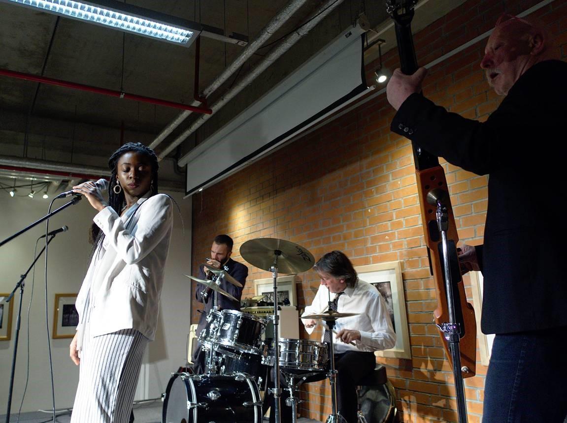 blues-engineers-shaymo-zahraji-i-vam